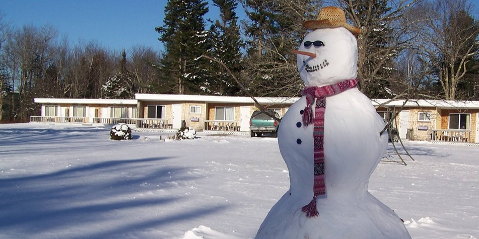 Winter happiness at the Twilite motel